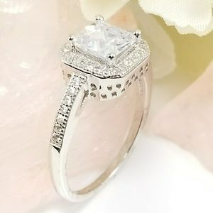 *NEW* Sterling Silver Princess Cut CZ Halo Ring S7